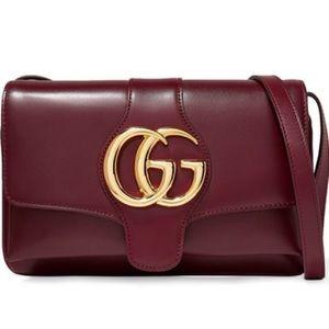 ORIGINALLY $1980‼️ Gucci Arli Leather Crossbody